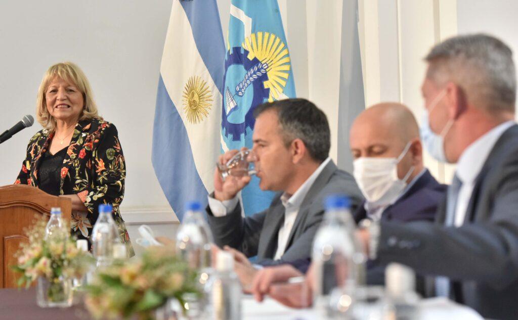 Rosa Muñoz en la presentación de la Ley Histórica de Reparación